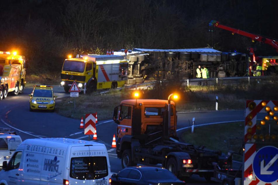 Die A3-Ausfahrt in Richtung Kelsterbach musste voll gesperrt werden.