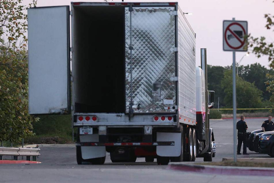 In San Antonio wurden in einem Lkw mehrere tote Menschen gefunden.