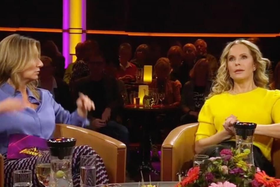 """""""Ich habe mich immer gefragt: Was passiert da mit mir?"""", plaudert die Blondine mit Kim Fisher über ihre Wechseljahre."""