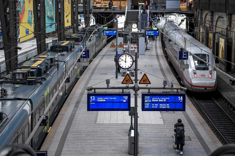 """Der Hamburger Hauptbahnhof hieß bei Google plötzlich """"Paderborn"""". (Symbolbild)"""