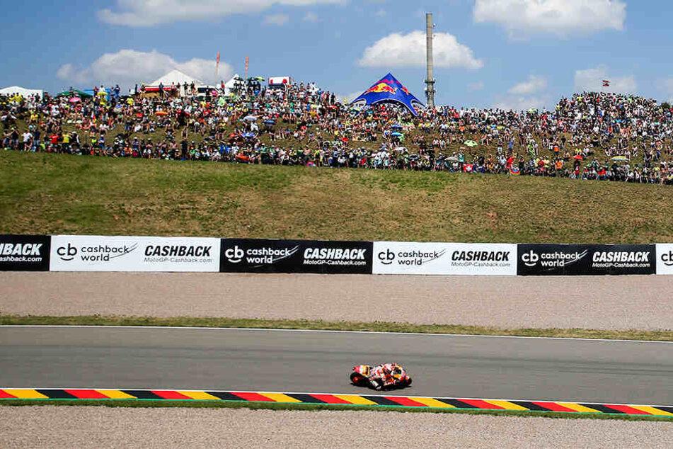 Die MotoE-Saison beginnt nach einem Brand im spanischen Jerez auf dem Sachsenring bei Hohenstein-Ernstthal.