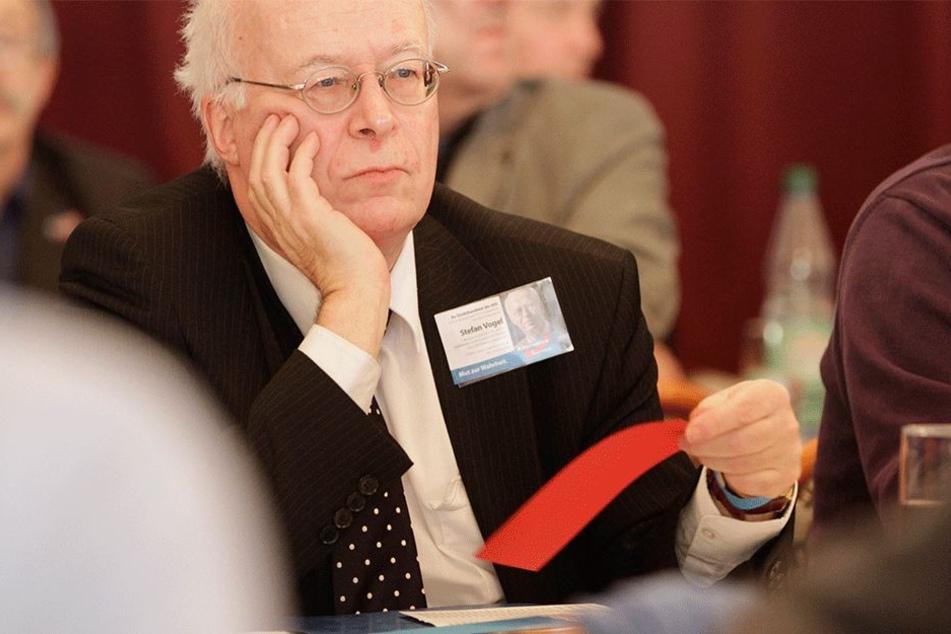 Kämpft, von seiner Fraktion allein gelassen, um sein Amt: AfD-Fraktions-Chef  Stefan Vogel (60).