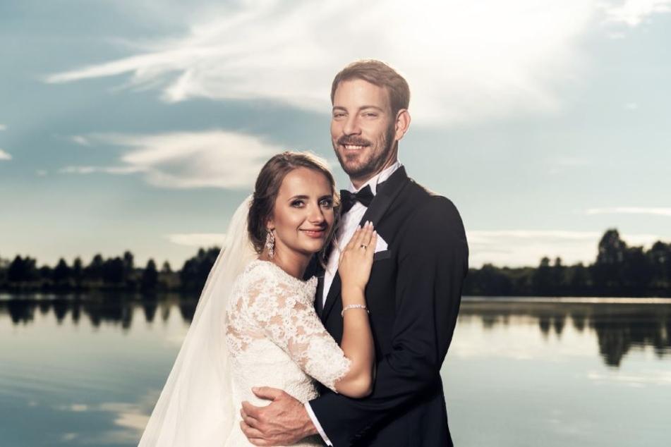 Im Juli heiratete das Paar zunächst in Annas Heimat Polen.