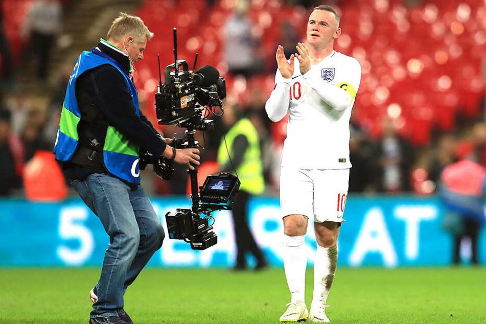 """Beim 3:0 Testspielsieg der USA gegen England trug Wayne Rooney noch einmal das Trikot der """"Three Lions""""."""