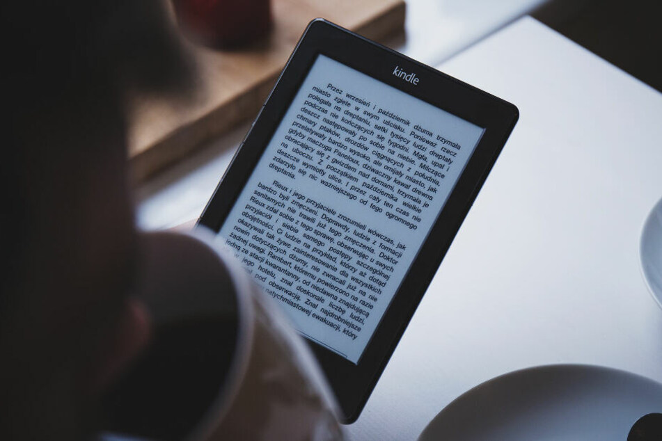 E-Books und Hörbücher werden immer beliebter (Symbolbild).