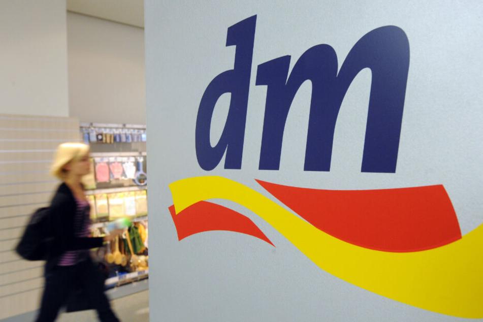 Einige ausgewählte Filialen in München und Essen bieten den Service vor Ort an. (Symbolbild)