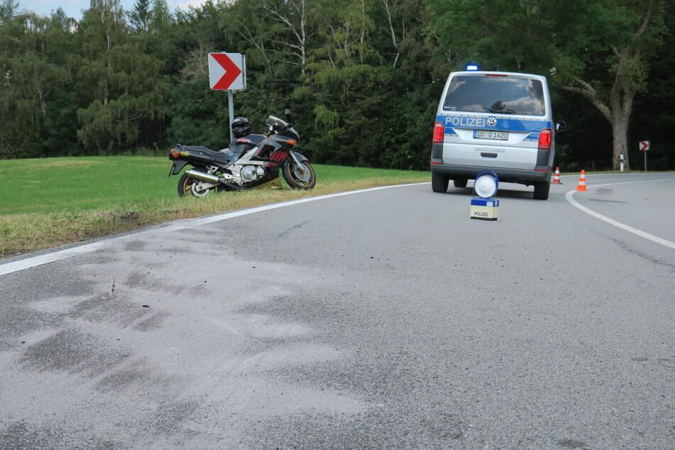 Motorrad-Unfall im Erzgebirge: Biker kracht in Gegenverkehr