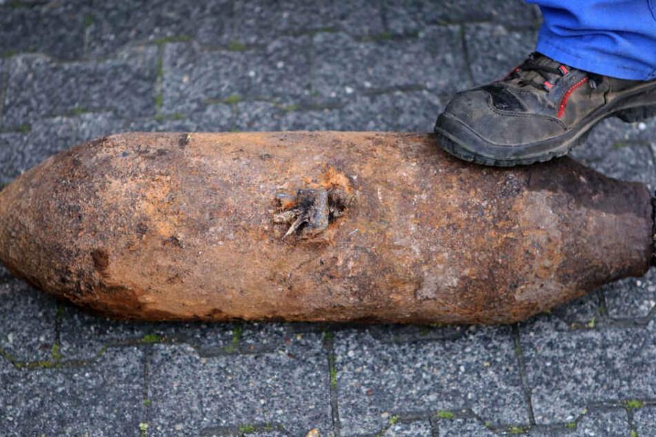 Fliegerbombe bei Messe entdeckt: Entschärfung steht bevor