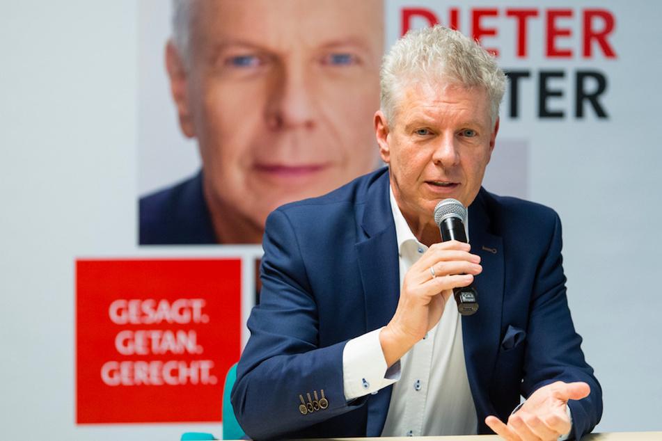 Dieter Reiter (62, SPD), wiedergewählter Oberbürgermeister von München, spricht auf einer Pressekonferenz im Kreisverwaltungsreferat zu seinem Wahlerfolg bei der Stichwahl.
