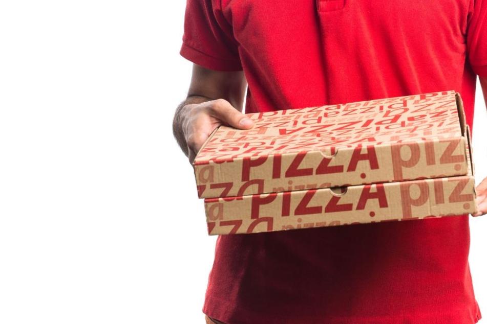 Der Pizzabote wurde bei den Raub leicht verletzt (Symbolbild).