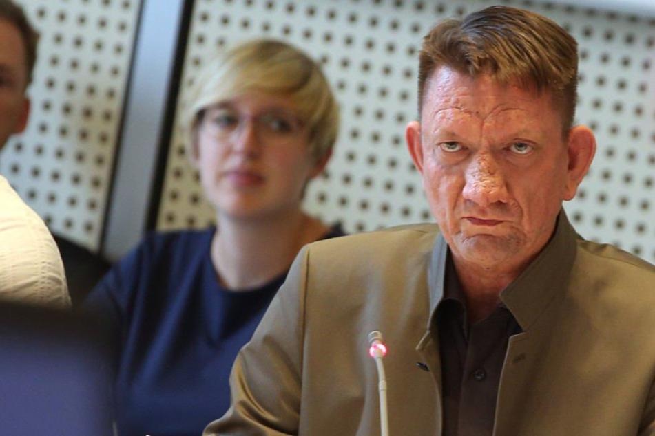 AfD-Mann Ronald Gläser (45) will nicht gewusst haben, dass sein Handeln als Straftat gewertet werden könnte.