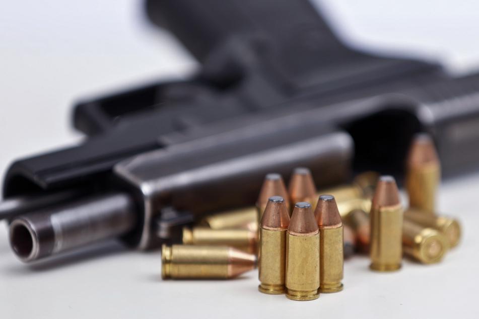 Bei der Gruppe war Polizeimunition gefunden worden (Symbolbild).
