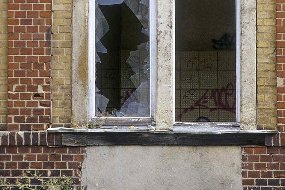 Auf der Tharandter Straße wurde eine Frau durch Glasbruch verletzt. (Symbolbild)