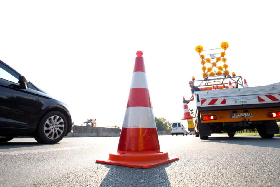 Verkehrsbehinderungen nach Unfall auf der Autobahn A1.