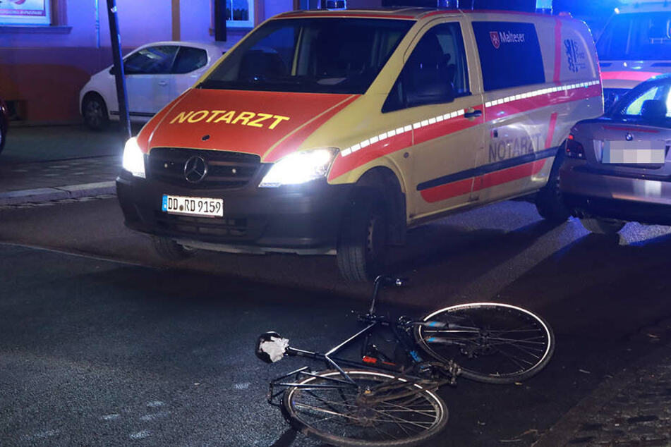 Auch der Notarzt war vor Ort und kümmerte sich um den Verletzten.