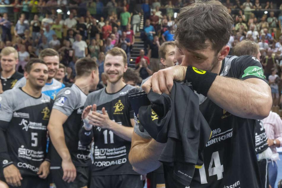 Bei der Verabschiedung flossen bei Gabriel De Santis viele Tränen. Seit 2014 spielte der Schwede für den HC Elbflorenz.
