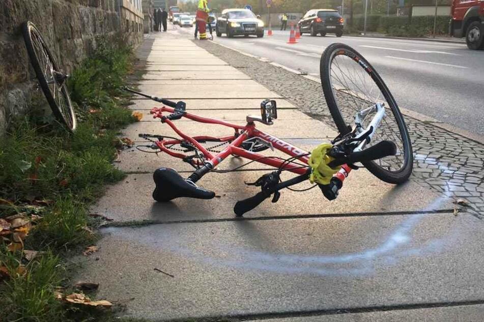 Die 13-jährige Fahrradfahrerin wurde schwer verletzt.