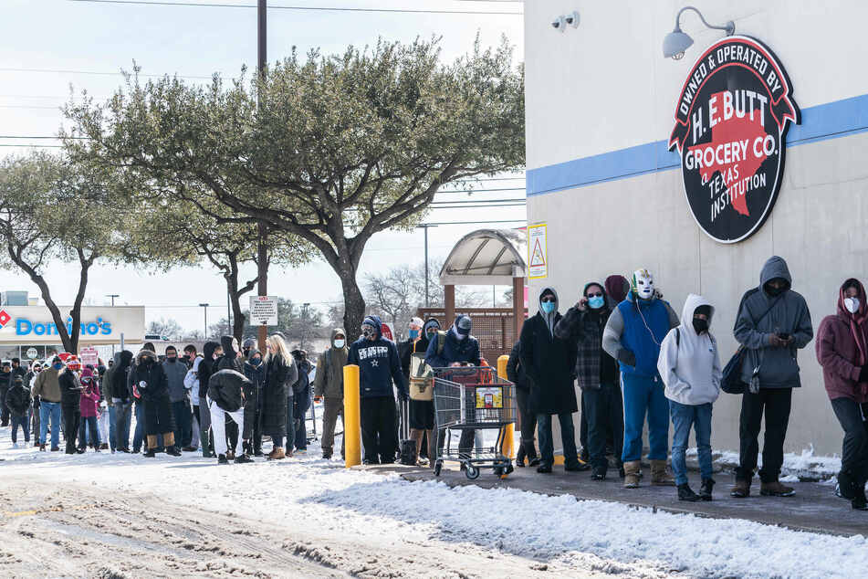 Long lines formed outside grocery stores as residents ran low on resources.