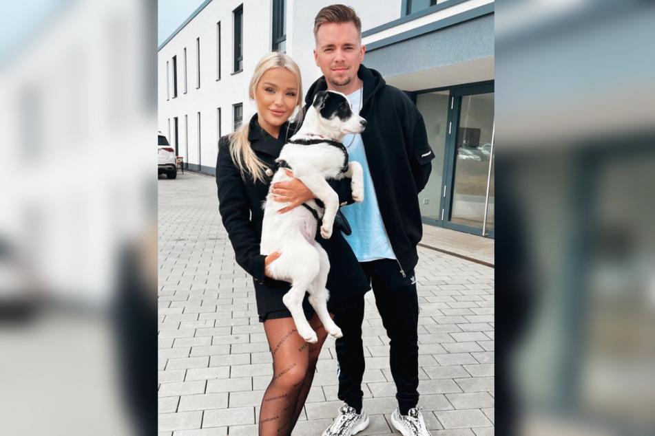 """Emmy Russ (21) und Udo Bönstrup sind seit Kurzem ein Paar. Sie lernten sich bei """"Promi Big Brother"""" kennen."""