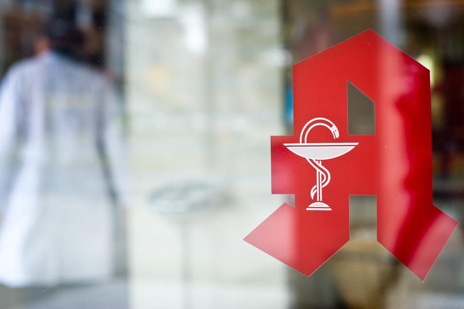 Arzt und Apotheker angeklagt: Diese Ersatzdroge verschrieben sie ihren Patienten