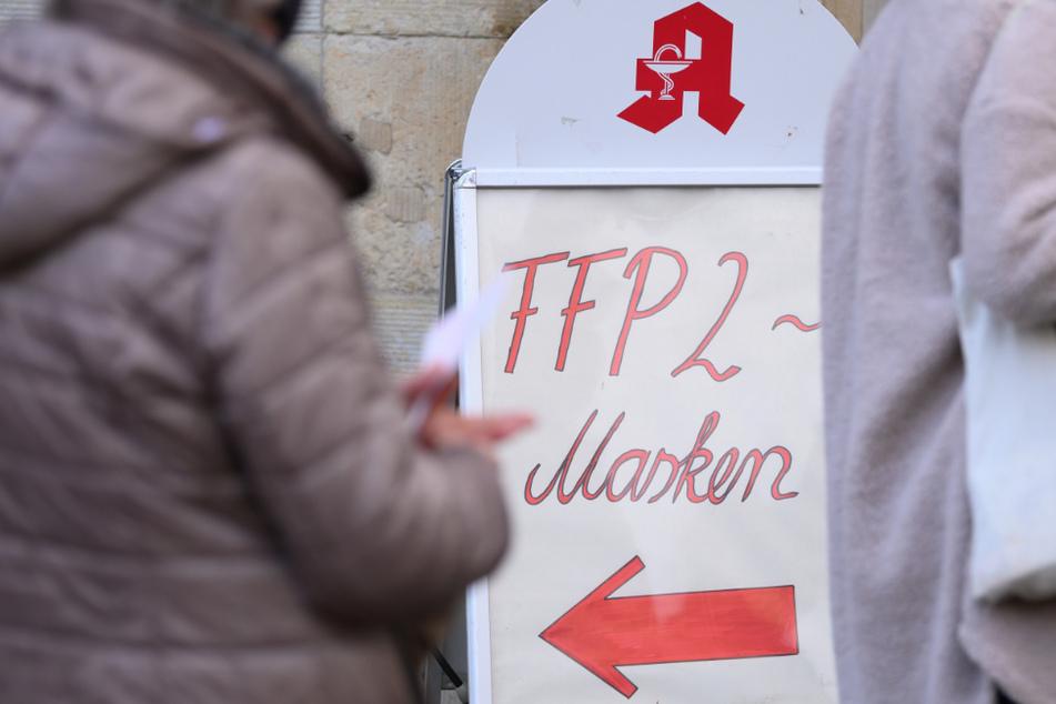 Apothekerkammer warnt: Das solltet Ihr mit FFP2-Masken auf keinen Fall tun!