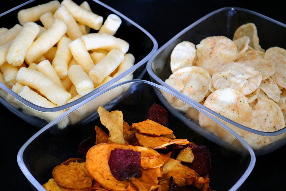 Die Verbraucherzentrale NRW hat 80 alternative Gemüsechip-Produkte und Knabberartikel aus Getreide und Hülsenfrüchten getestet.