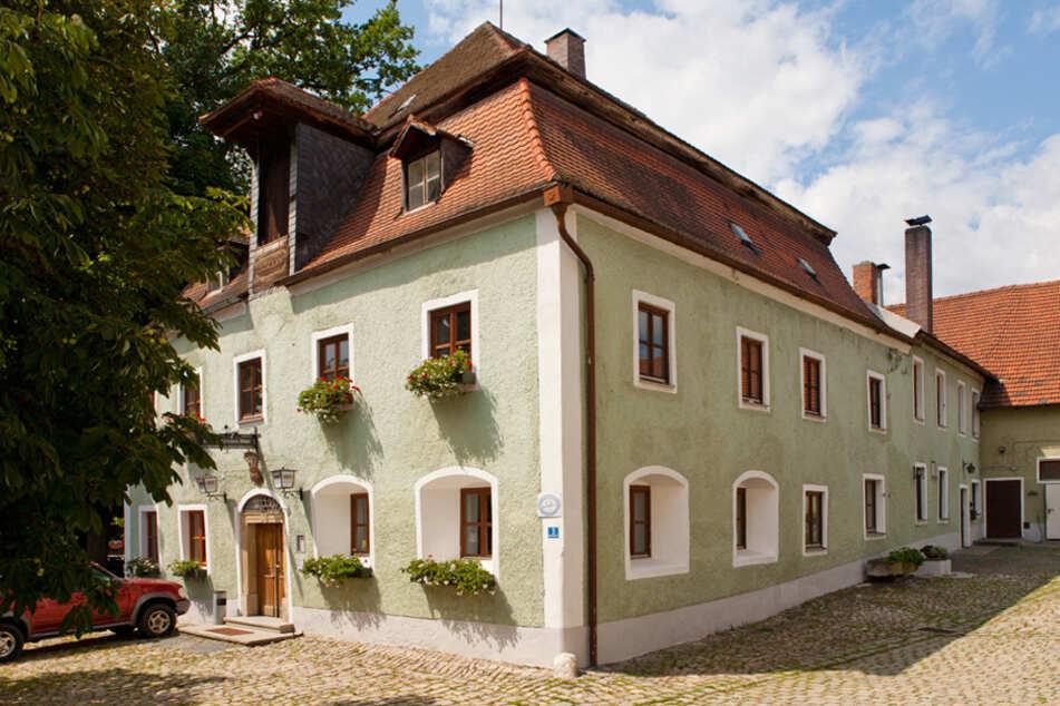 Die Gaststätte Röhrl in Eilsbrunn: Seit 1658 hat das Wirtshaus durchgehend warme Küche. (Archiv)