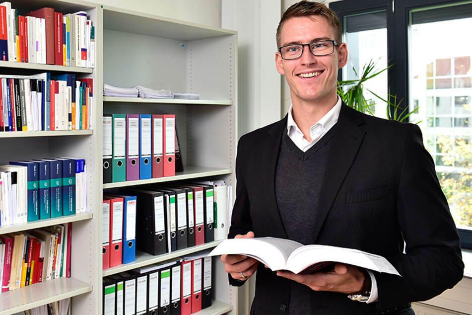 Politikwissenschaftler Jun.-Prof. Dr. Tom Mannewitz von der TU Chemnitz weiß, warum nur etwa jeder zweite Chemnitzer zur Oberbürgermeisterwahl seine Stimme abgegeben hat (Archivbild).