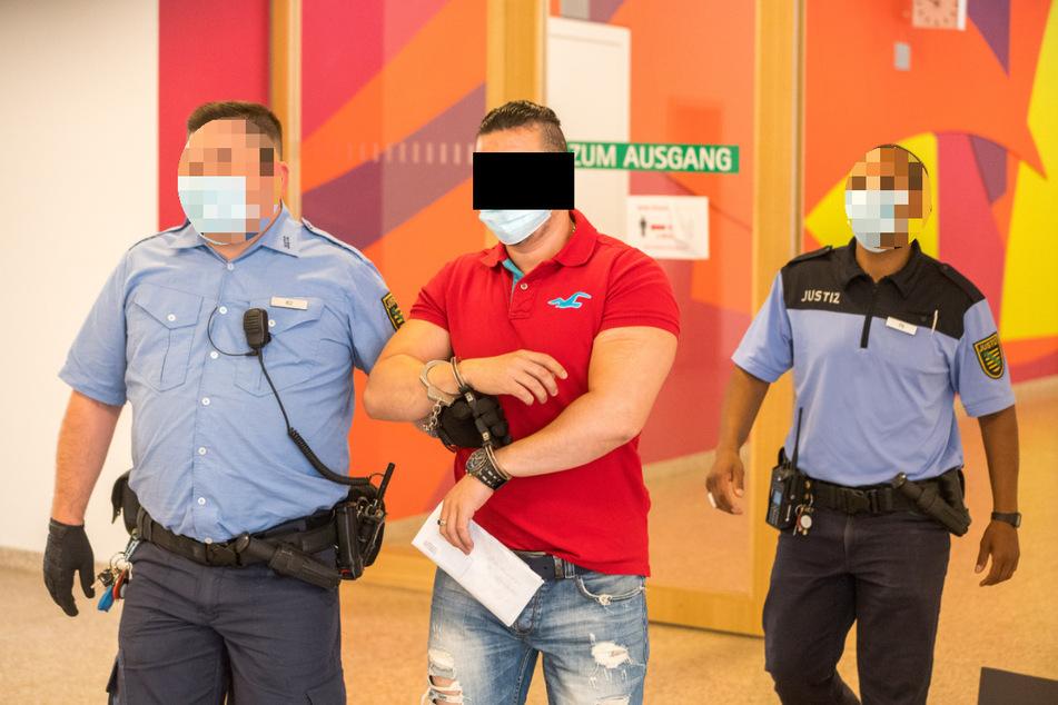 Yassine B. (vermutlich 27 oder 35 Jahre alt) muss immer wieder vor Gericht.