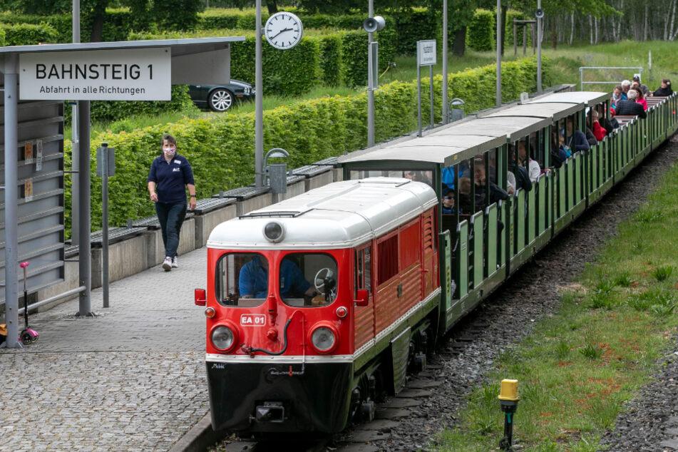 Die Parkeisenbahn in Dresden.