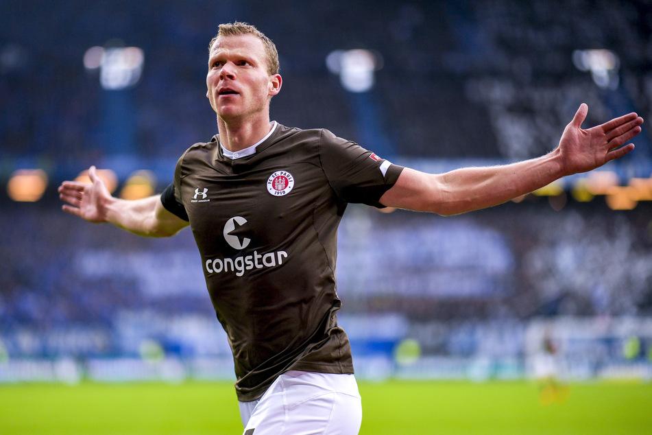 Stürmer Henk Veerman (29, hier noch im Trikot vom FC St. Pauli) trifft nach seinem Wechsel zum SC Heerenveen ohne Ende.