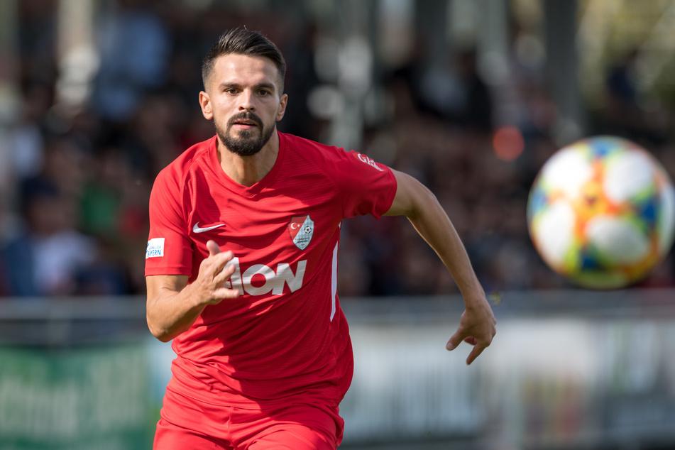 Kasim Rabihic trainiert zur Zeit mit dem FSV.