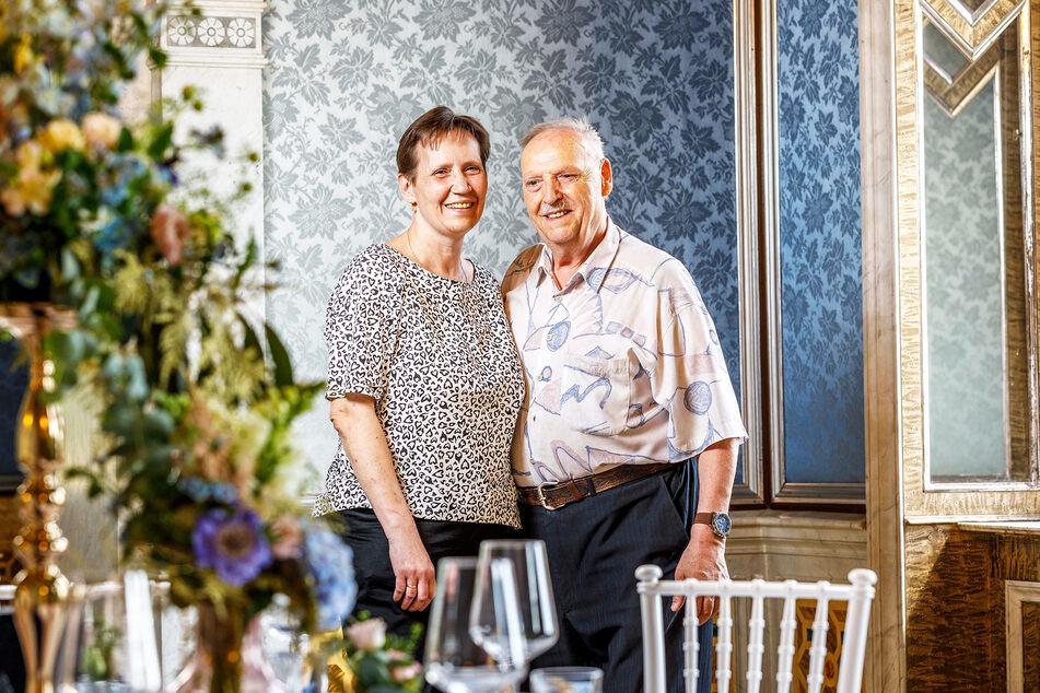 Die Herausgeber des Hochzeitsmagazins Thilo (69) und Silke Günther (52) feiern 30. Hochzeitstag.