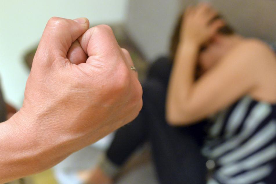 Häusliche Gewalt und Stalking? So soll den Opfern in Bayern besser geholfen werden