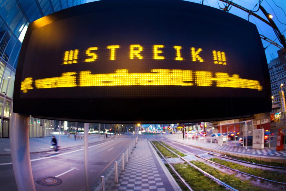 Pendler aufgepasst: In diesen Städten fahren morgen weder Busse noch Bahnen!