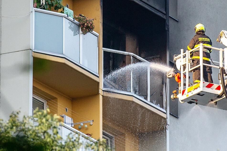 Menschen sprangen verzweifelt aus dem Fenster: Mindestens elf Tote bei Hochhausbrand