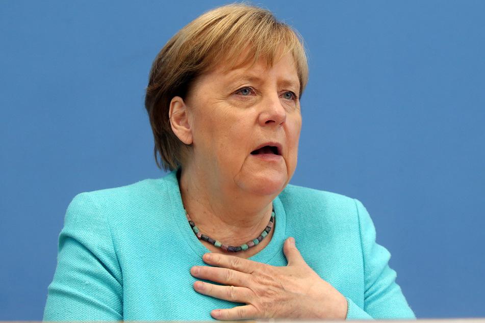 Bundeskanzlerin Angela Merkel (67, CDU).