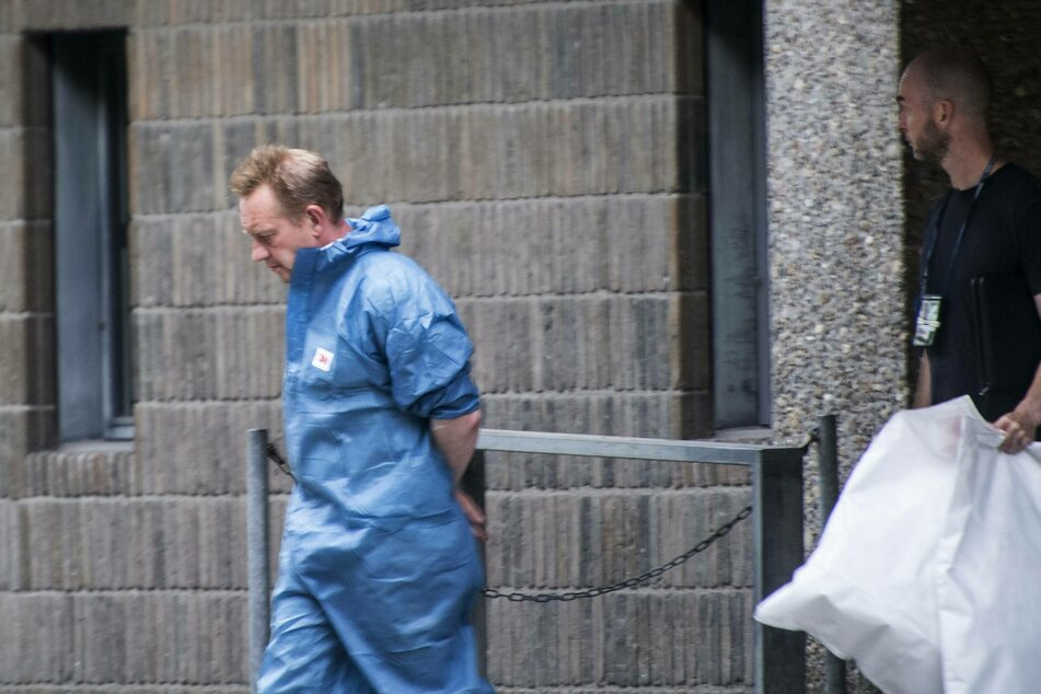 Peter Madsen was handcuffed during his first trial.