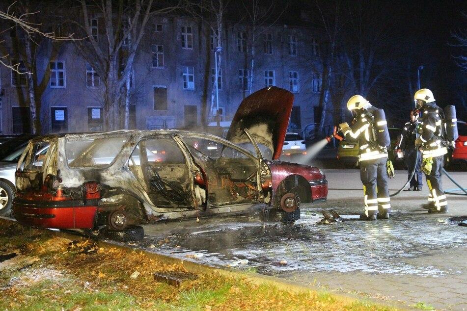 Die Feuerwehr versuchte noch, den Brand zu löschen.