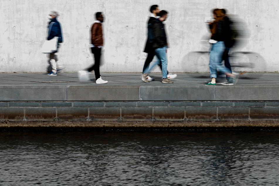 Berlin: Wetter in Berlin und Brandenburg: Die neue Woche beginnt regnerisch und stürmisch