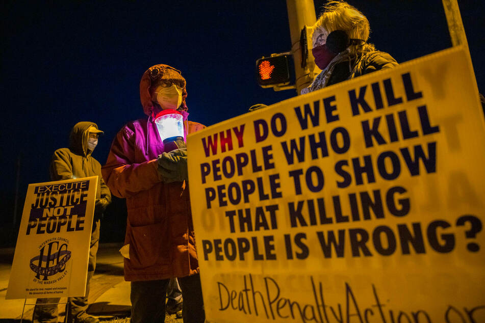 Activists gathered in Bloomington, Indiana, to protest the execution of Lisa Montgomery.