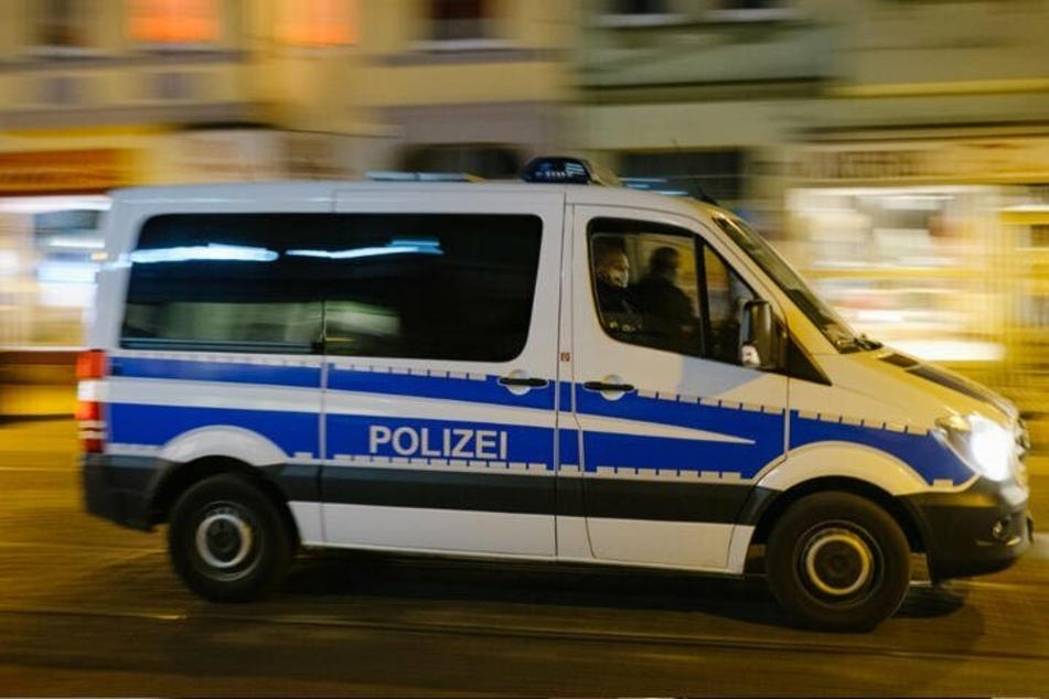 Die Beamten ermitteln wegen gefährlicher Körperverletzung. (Symbolbild)