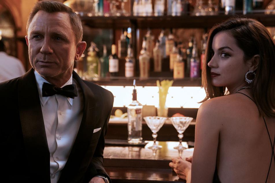 Ana de Armas (33) steht James Bond als Agentin Paloma zur Seite.