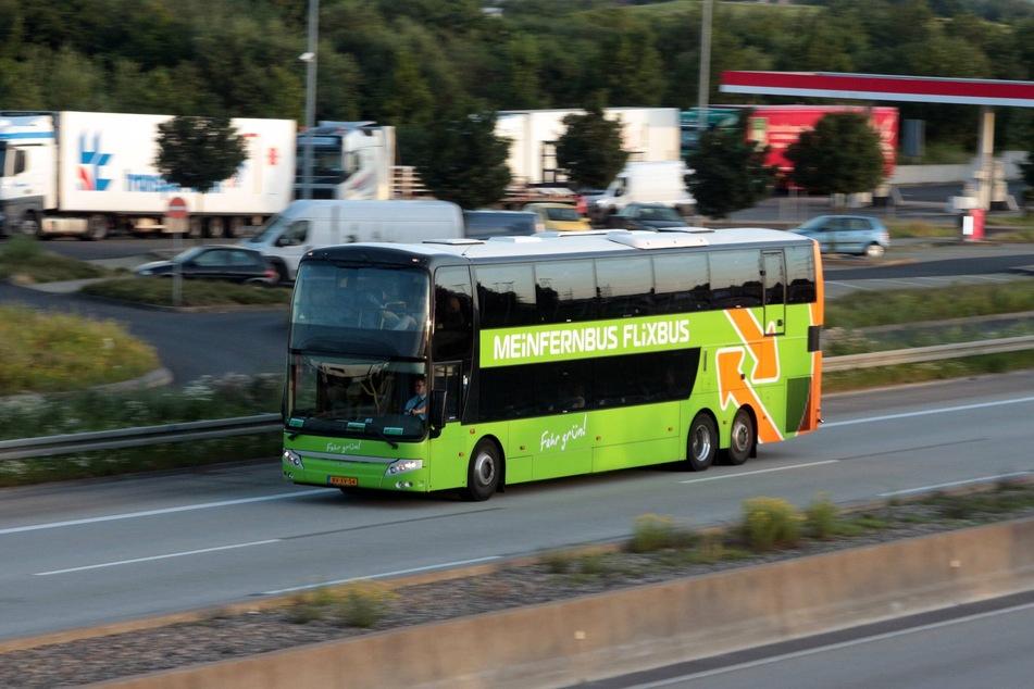 Die Sächsische Regierung erlaubt ab Samstag wieder Busreisen.