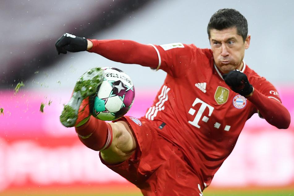 Robert Lewandowski (32) gilt die größte Aufmerksamkeit der Gladbacher Defensive. Der Weltfußballer ist ein Schnellstarter.