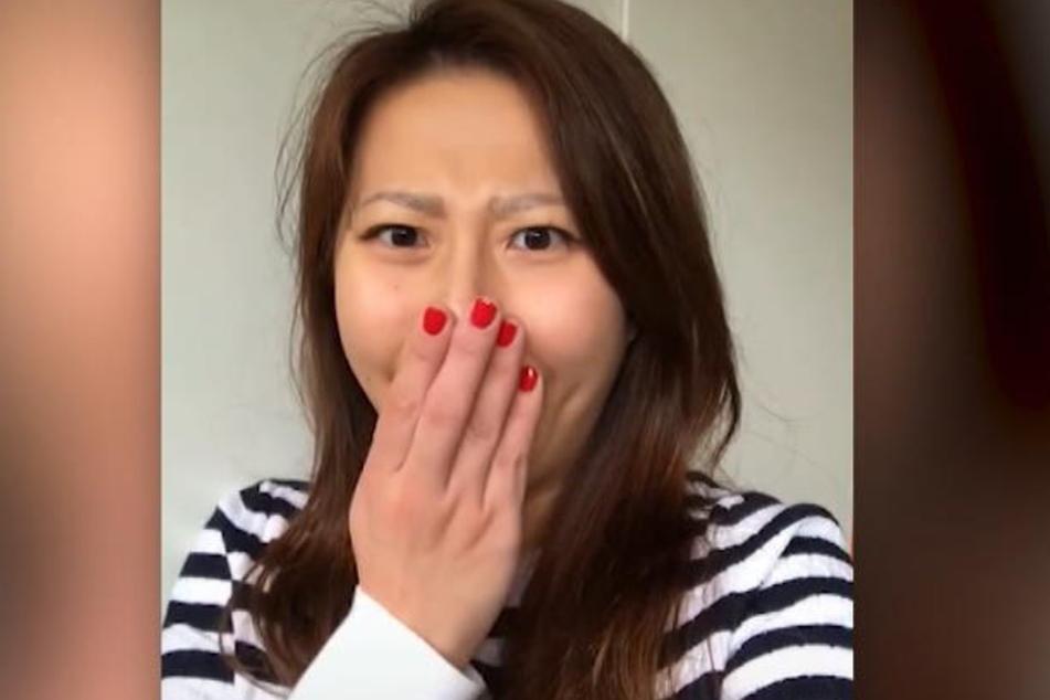 Angie Yen (27) reagiert geschockt, als sie ihre neue Stimme das erste Mal hört.