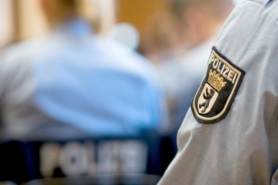 Nach rechtsextremistischer Anschlagsserie: Zwei Verdächtige in Neukölln in Haft