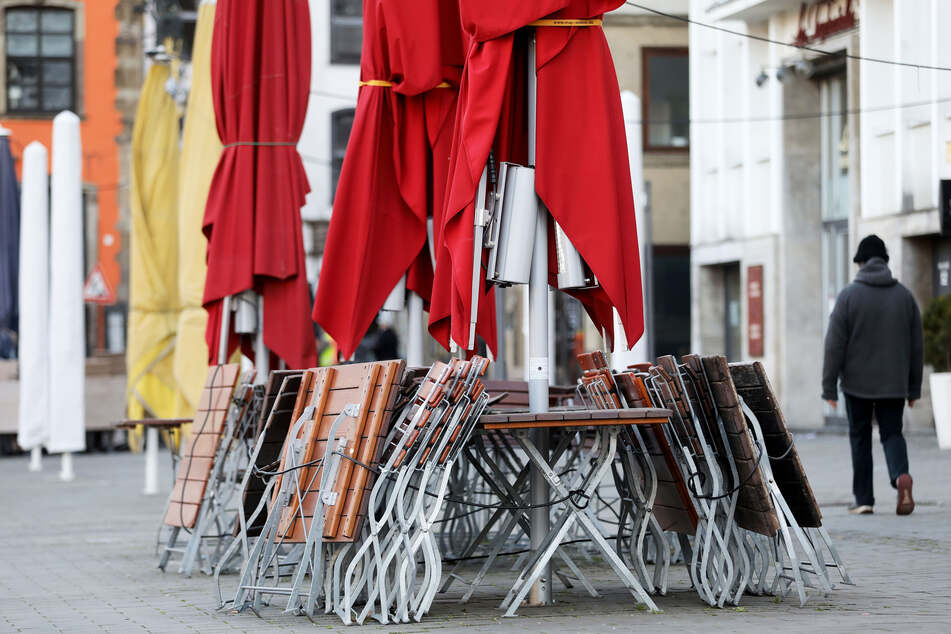 Die Gastronomien in Köln bleiben vorerst geschlossen.