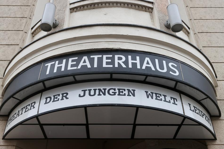 Theater in Leipzig und Dresden: Mit Youtube-Serie und Zoom-Reise digital durch die Corona-Krise