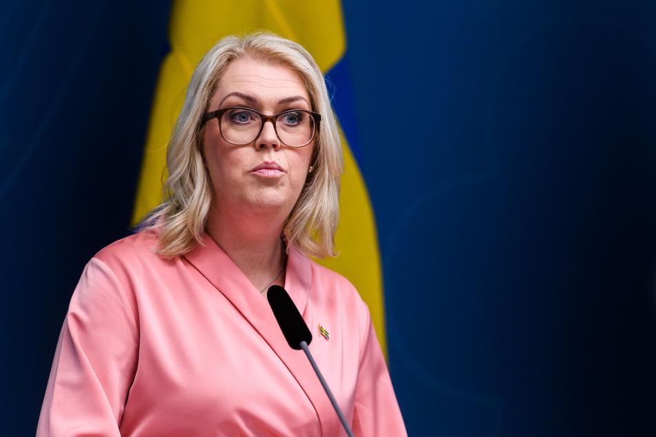 Lena Hallengren, Sozialministerin von Schweden, spricht während einer Pressekonferenz zur Corona-Pandemie.